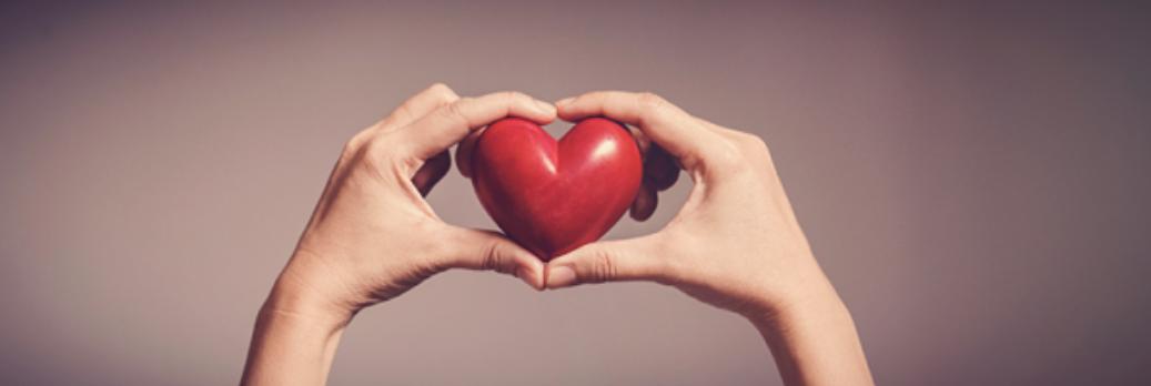Haende-halten-Herz