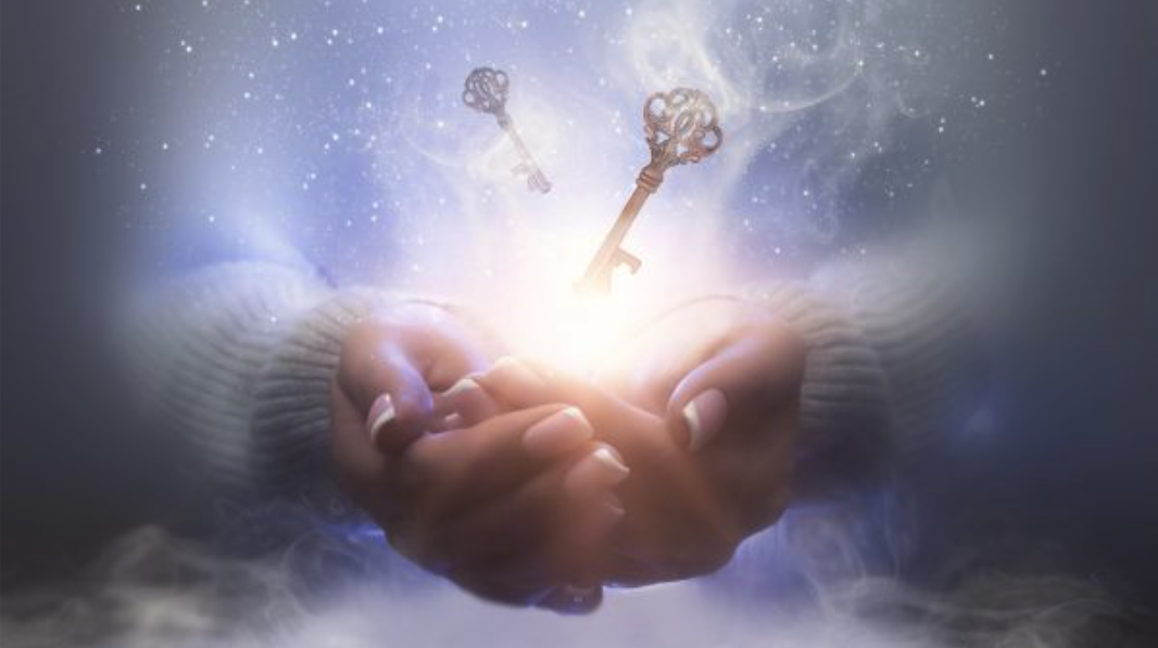 Haende-halten-magische-Schluessel-Zeitgeschehen